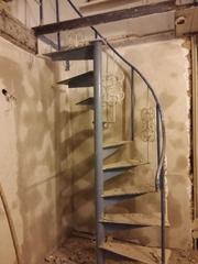 Продам лестницу винтовую 45000т.